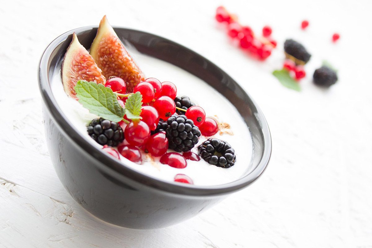 10 Ways Greek Yogurt Benefits Your Health