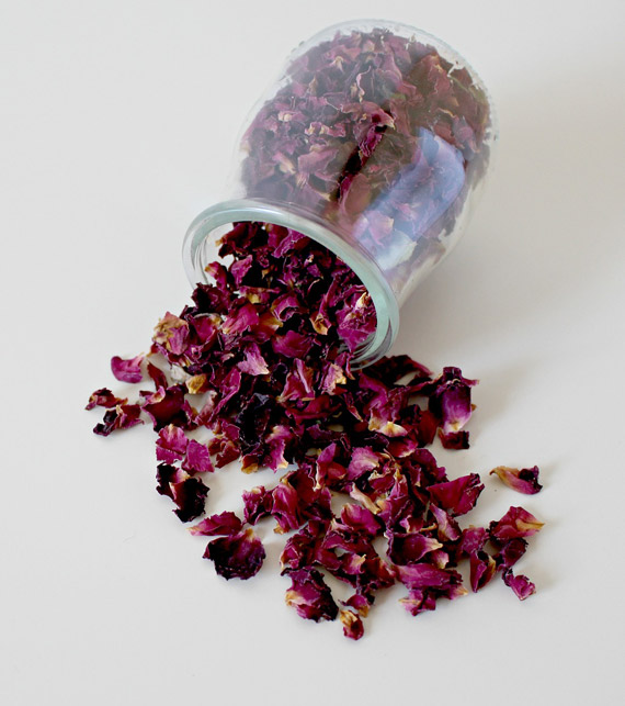 Dried Rose Petals - Approximately 3000 petals