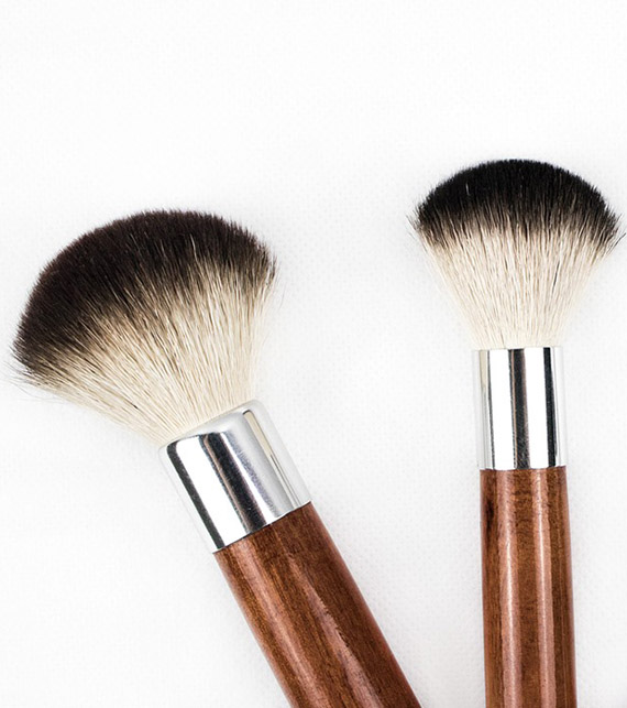 cosmetic-makeup-brushes
